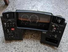Комбинирано табло уреди на Scania P270, 2007г. Евро4, 1763551