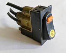 Бутон пневматичен за блокаж на диференциал/PTO на DAF Ati CF XF