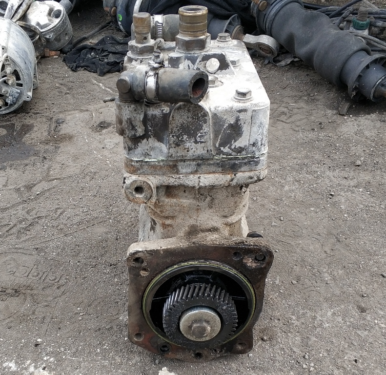 Air Compressor SCANIA 124,420 ps, OE: 1380457, knorr-bremse LP4965, LP4964- Автоморга камиони с. Еленино