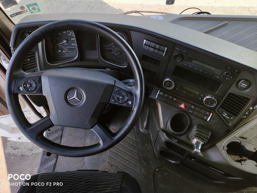 actros mp4 euro6 2014 interior