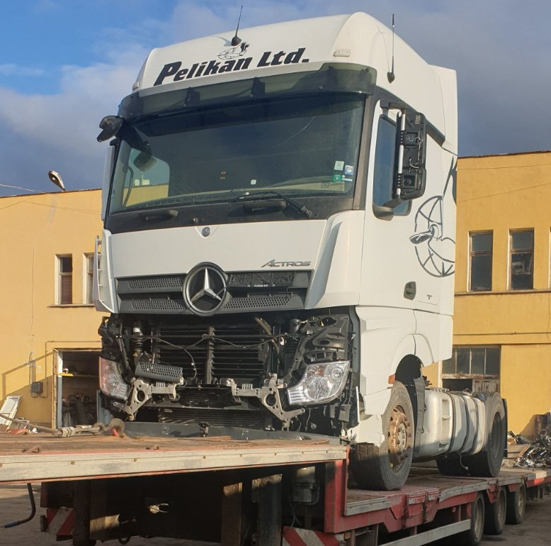 Mercedes Actros 1845LS MP4, Euro6 2014г за части - Автоморга камиони Еленино
